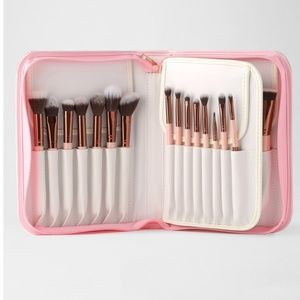 Luxie makeup Rose Gold 30 brush set w/case New